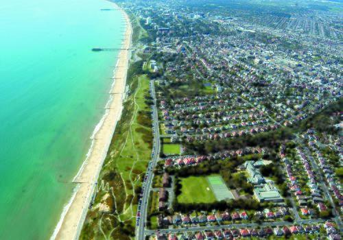 Vue aérienne de Bournemouth Collegiate School