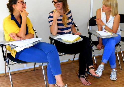 Cours de français des affaires en mini-groupe (3 étudiants max.)