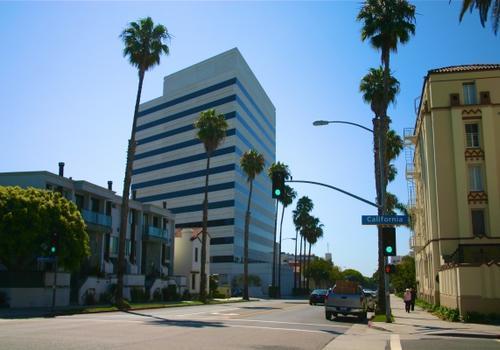 EC LA - Vue de la rue